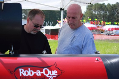 The other competitors were unbelievably welcoming. Rob with Mike from Chix, Swine, & Bovine Bbq.